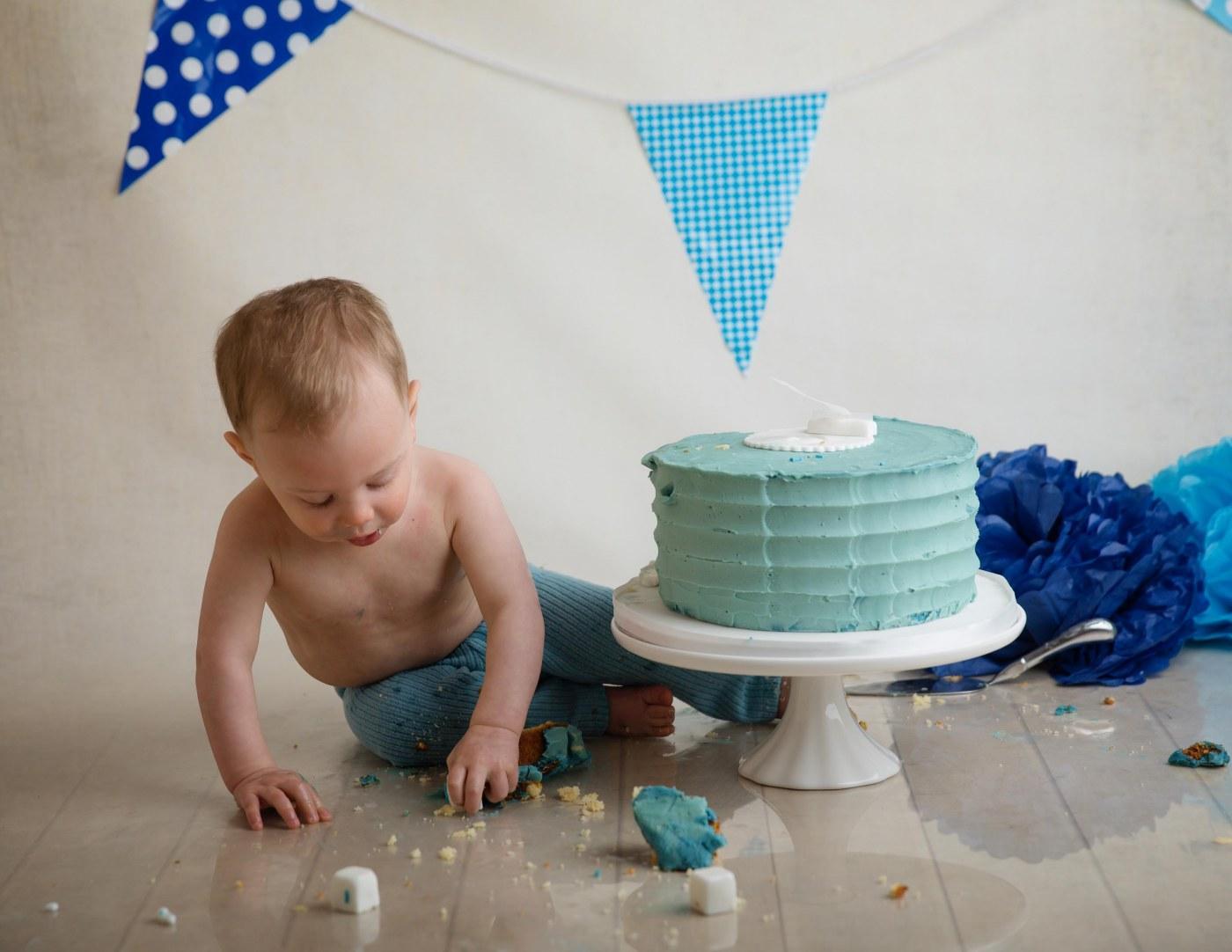 cake smash surrey