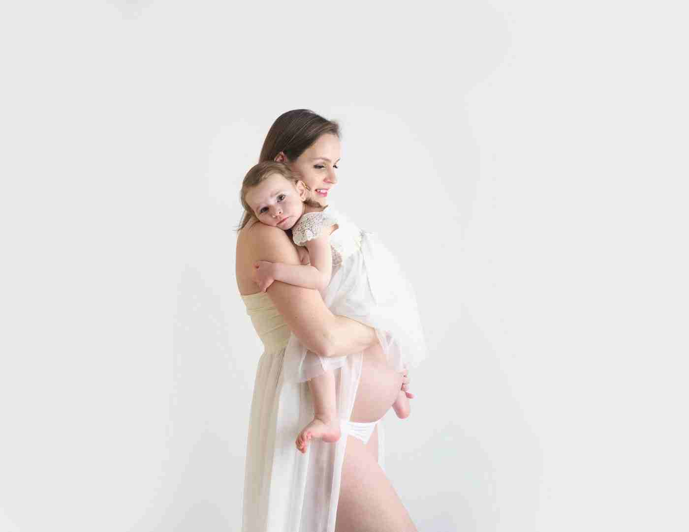 Maternity_Photographer_Weybridge_Surrey